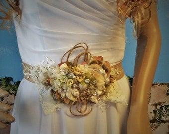 Rustic Chic Wedding Belt-Sash,Fabric Flower Belt,Weddings,Wedding Accessorie,Bride's,Handmade Bridal Belt,Rustic Bridal Sash,Burlap&Lace