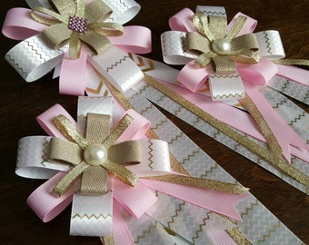 Horse show bow and tail bow set with pink gold and white chevron print