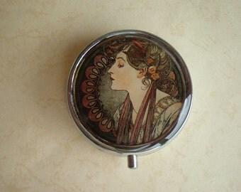 Mucha art pill box - Art Nouveau - Pill case, Pill container - Mint case -  Candy container - Alphonse Mucha art