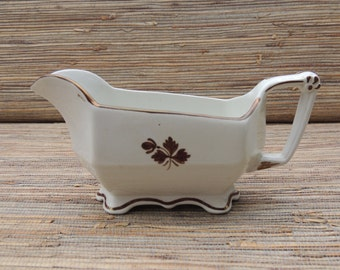Tea Leaf Gravy Boat Anthony Shaw & Son English Ironstone Late 19th Century