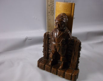 Vintage 1940s Orna-Wood Pirate Depiction  Shoe-Brush Holder SYROCO WOOD COMPOSITE .epsteam