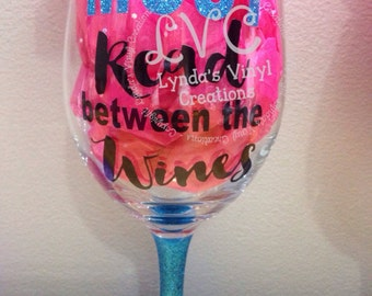 Most read between the wines//Book Club// Glitter Base Wine Glass