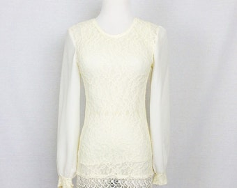 Vintage 1970s Top/ 70s Cream Lace Crochet Long Sleeve/ Xsmall Small