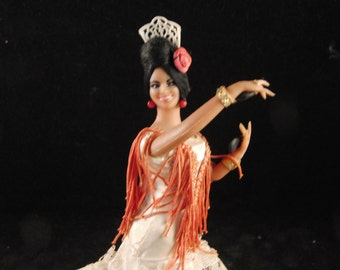 Vintage Spanish Flamenco dancer doll in red dress