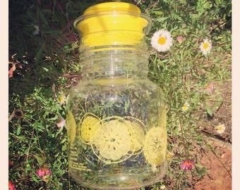 Vintage Pyrex Lemonade Pitcher 1.5 L
