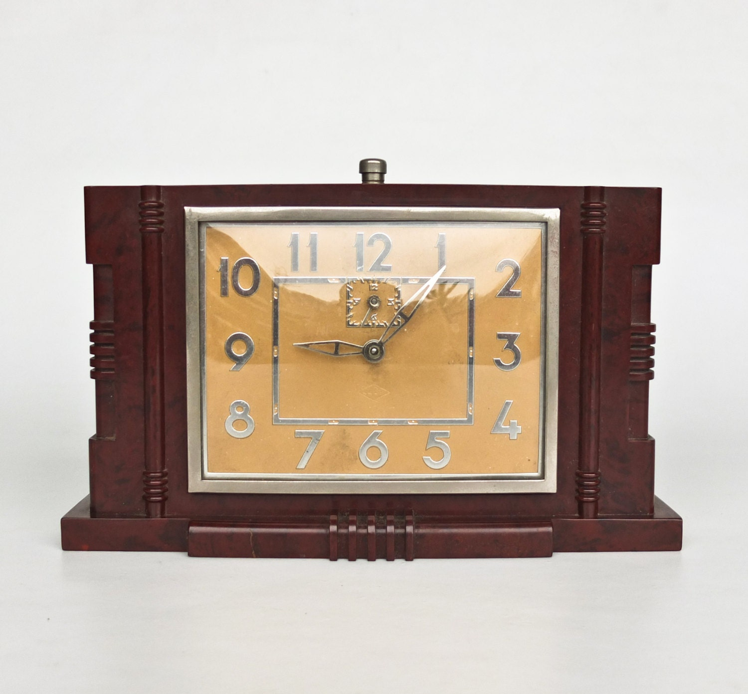 Art deco desk clock bakelite alarm clock table clock 30s Art deco alarm clocks
