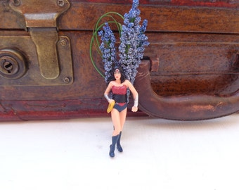 Wonder Women boutonniere