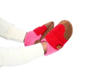 Wool Baby Shoes, Toddler Slippers, Baby Soft Shoes, Non Slip Leather Soles, Eco-Friendly Shoes.  Size 12-24M. Butterfly