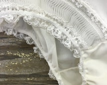 Vintage Lingerie Granny Panties White Rusched Lace Size 7