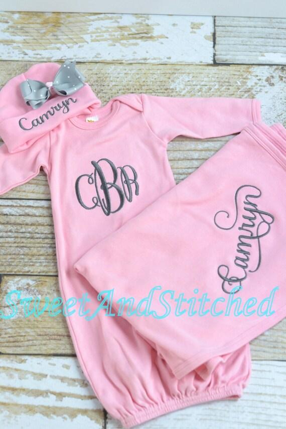 Personalized Baby Girl Blanket pink, Baby girl layette gift set, baby girl hospital set, personalized baby blanket and hospital hat