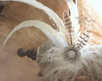 Cream fasciantor - Vintgae feather fascinator - bridal fasciantor - Vintage bridal hair accessories -bridal hair bands - bridal hair jewelry