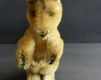 Steiff Kangaroo from the 60s with button