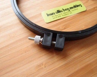 HOOP Black Plastic Embroidery Hoop – Punchneedle – 6 inch hoop