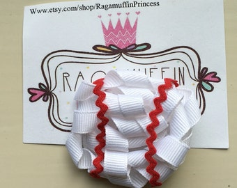 Baseball ribbon sculpture bow