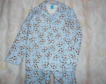 Boys Size 12 Pajamas with cows on blue background