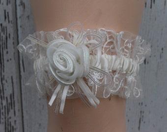 Ivory Garter with Rose Center/ Wedding Garter