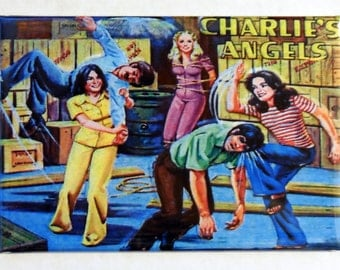 "CHARLIES ANGELS Metal LUNCHBOX 2"" x 3"" Fridge Magnet Art Vintage side B"