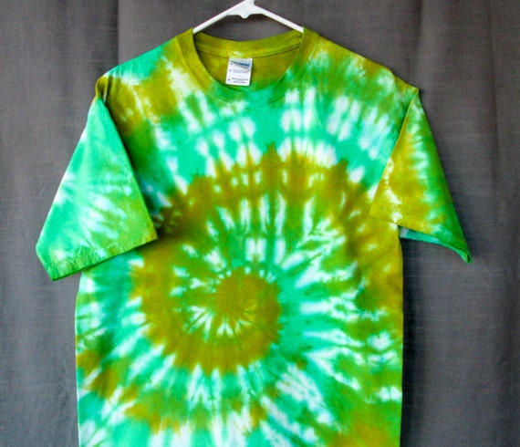 Tie Dye Shirt/Adult Tie Dye T-Shirt/Short Sleeve/Green Spiral Design/Eco-Friendly Dying