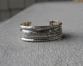 Stunning Native Navajo Sterling Cuff