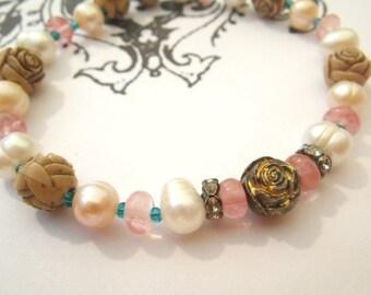 Roses - bracelet elastic pearl cherry quartz