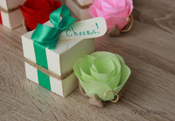 5 Wedding Flower Favors, Small Flower with Gift Box, Rustic Flower Favors, Guest Favors, Wedding Dinner Party Favors, Personalized Favors