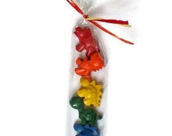 Rainbow dinosaur crayons - set of 5, dinosaur party favors, dinosaur birthday party, rainbow baby party, sugarfree Easter basket, dino party