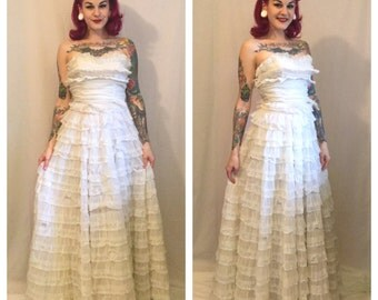 Vintage 1950's Prom/ Wedding Dress with Chiffon and Mesh Layers