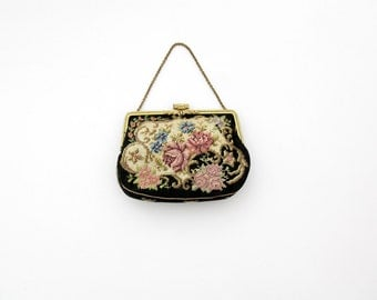 Vintage Purse // Small Needlpoint Hand Bag // Evening Purse