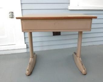 School Desk, Kids Desk, Childrens Desk, Kids Furniture, Vintage, Mid Century Modern, American Seating Company, Home Decor