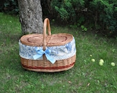 Picnic basket, toile de jouy basket, willow basket, wicker picnic basket, basket bag, hand woven, decorative picnic basket