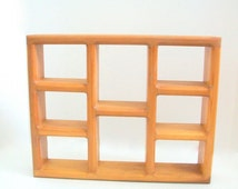 Vintage Shelf, Wooden Shelf, Display Shelf, Wooden Display Shelf, Curio Shelf, Wooden Curio Shelf Wall Shelf Small Shelf Collectible Display