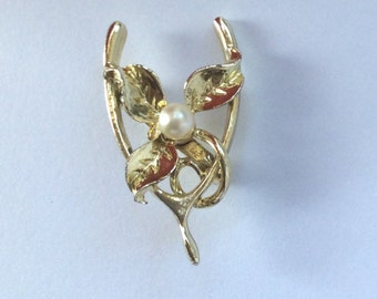 Vintage Goldtone Wishbone and Pearl Brooch