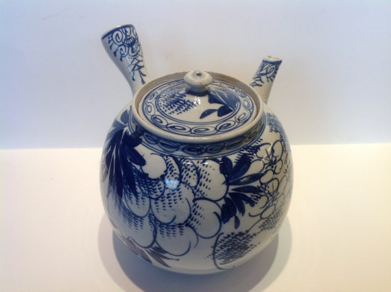 Antique Japanese Yokode No Kyusu Porcelain Side Handle Teapot