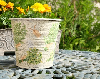 Tin flower pot: BUNCHES OF HERBS