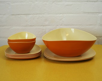 Vintage melamine serving bowl and plates