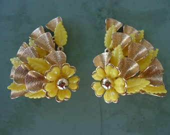 Retro Yellow Flowered Clip On Earrings