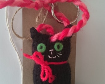 Knitted cat keyring - cat gift - keyring - cat keychain