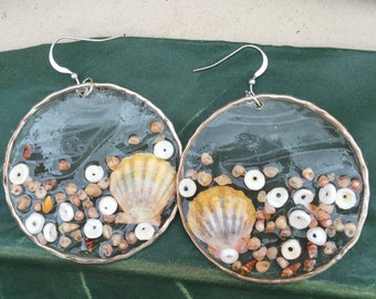 Resin Sunrise Shell earrings
