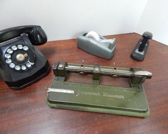 Vintage 3 ring paper punch