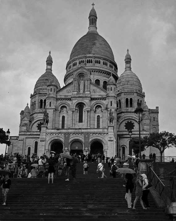 Rainy day at the sacre coeur black and white paris - Coeur noir et blanc ...