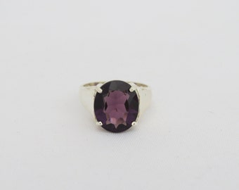 Vintage Sterling Silver Oval Amethyst Ring Size 9