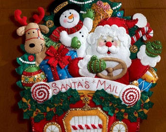 Bucilla Santa's Christmas Mail Truck Felt Wall Hanging Kit #86205 Rudolph Frosty DIY