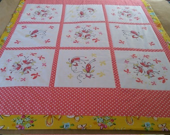 Butterfly Baby Quilt / Hand Stitched