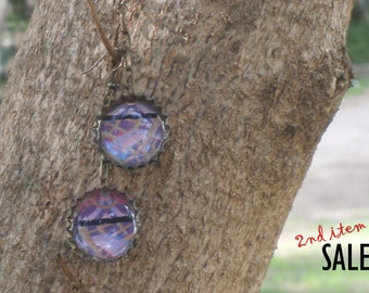 Recycled bottlecap earrings with anaglyph image - dangle resin earrings