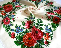 "SALE Vintage Wool Babushka Scarf 37"" Natural White Floral Folk Roses Square Headscarf Bandana Rustic Peasant Boho Gypsy Hippie FREE Shipping"