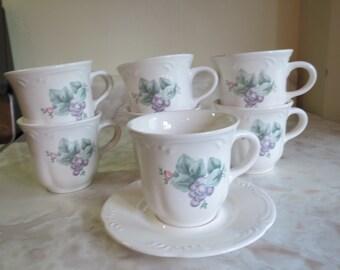 Pfaltzgraff Grapevine Cups/Mugs