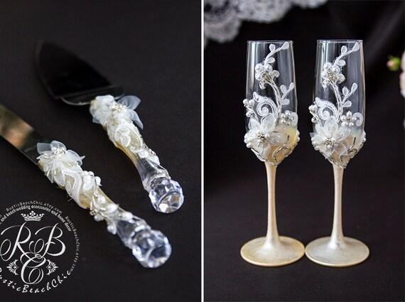 vintage wedding set champagne flutes and cake server and. Black Bedroom Furniture Sets. Home Design Ideas