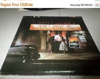 Save 30% Today Vintage 1973 LP Record Elton John Don't Shoot Me I'm Only The Piano Player Excellent Condition 2564