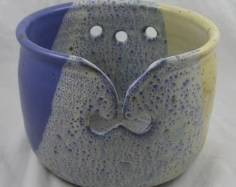 Yarn Bowl, Knitting Bowl, Nice Overlapping Glaze, Ceramic Yarn Bowl, Ceramic Knitting Bowl, Yarn Holder, Pottery Yarn Bowl, High Fired