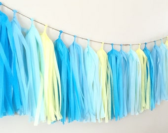 Tissue tassel garland/fringe tassel garland/party decor/wedding decoration/birthday party decor/sweet table buffet decor/tissue paper /party
